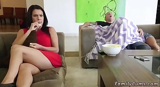 Mom pal&#039_s daughter father and dad office sex xxx Mommy Loves Movie Day
