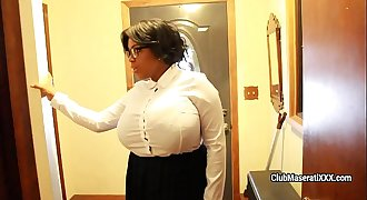 Black lady with huge boobs returns home and toys her cunt