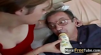 Daddy off His Meds - MoralFreeTube.com